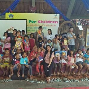 Rayakan Hari Anak Nasional, Komunitas Rotaract Bali Taman Hibur Anak-Anak SOS Bantas