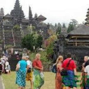 Bagaimana Awalnya Pariwisata Bali Bisa Dikenal Dunia Seperti Sekarang?