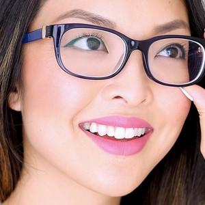 Tips Riasan Wajah Berkacamata