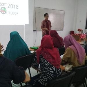 Mahasiswa UMRI Menelisik Tren Saham pada 2018