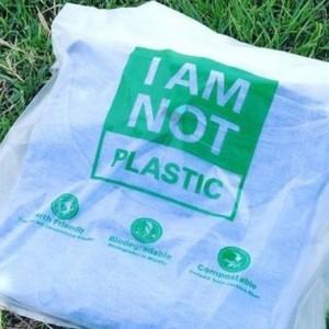 Indonesia Temukan Kantong Plastik yang Dapat Dikonsumsi