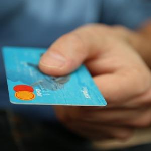 8 Tips Menggunakan Kartu Kredit Dengan Cerdas