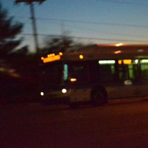 Pengalaman Naik Bus Hantu, Kisah Seram yang Tidak Seseram Netizen