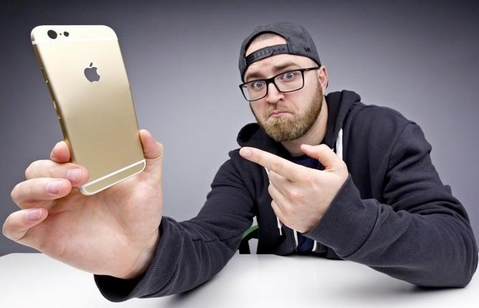iPhone 6s Plus Coba Dibengkokkan, Ini Hasilnya!