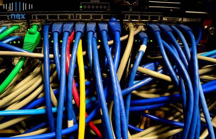 Antara Colocation Server dan Virtual Server, Mana Yang Cocok untuk Bisnis Online?