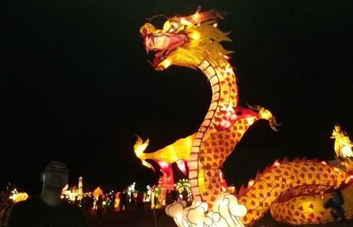 Menikmati Indahnya Warna-Warni  Cahaya di Nusa Dua Light Festival