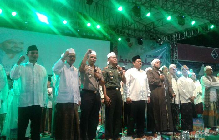 Kediri Bershalawat Dipadati Puluhan Ribu Jamaah