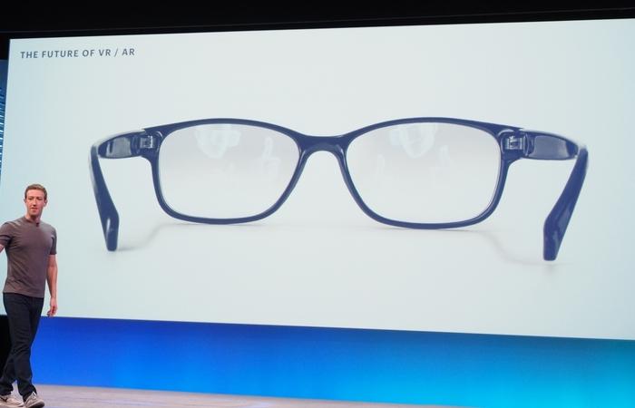 Facebook Kini Kembangkan Smartglasses