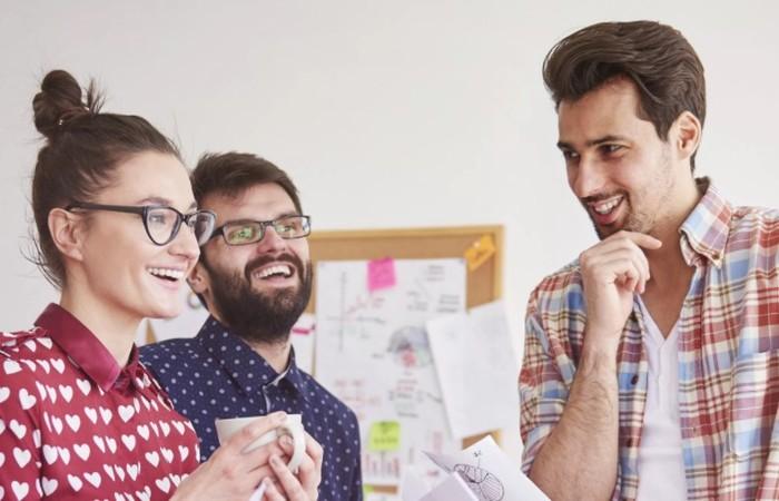 5 Cara Berkomunikasi yang Baik Saat Di Kantor