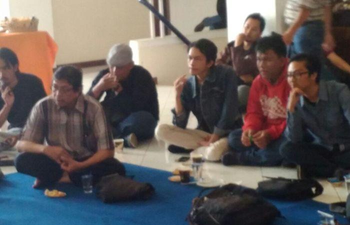 Munculnya Gerakan Tolak Denny JA di Ulang Tahun Majelis Sastra Bandung ke-9