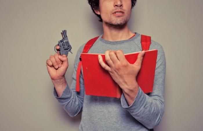 Daftar Benda Selain Pistol untuk Proteksi Diri Sehari-hari
