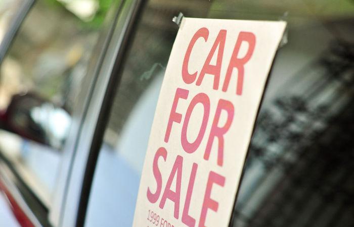 Hal Yang Harus Dipertimbangkan Sebelum Menjual Mobil Lama Anda