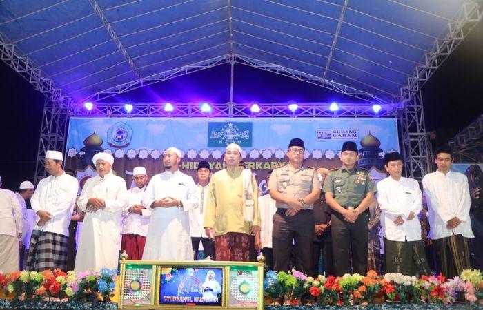 Kumandang Sholawat Iringi Peringatan Isra' Mi'raj