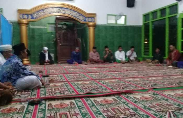 Danramil 0815/12 Bersama Forpimka Dan MWCNU Ngoro Gelar Safari Ramadhan