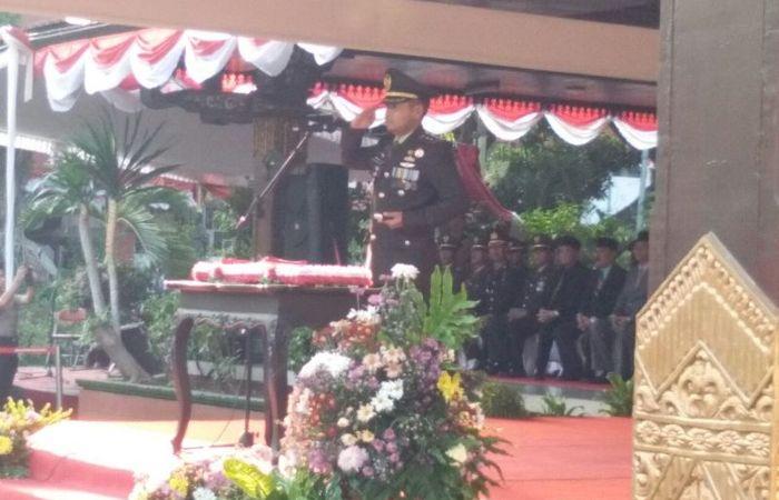 Dandim 0815 Irup Upacara Penurunan Bendera Merah Putih Di Pemkab Mojokerto