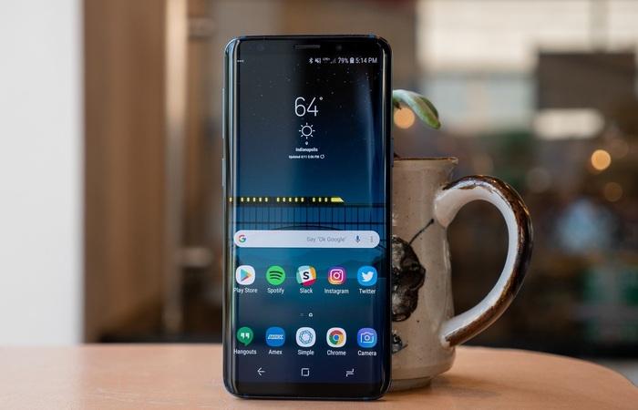 Review Samsung Galaxy S9 Smartphone Premium dengan RAM 4Giga