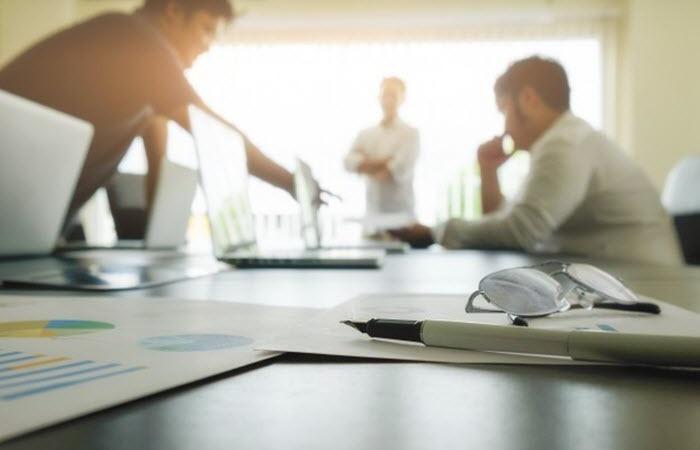Human Resources & Payroll di Perusahaan