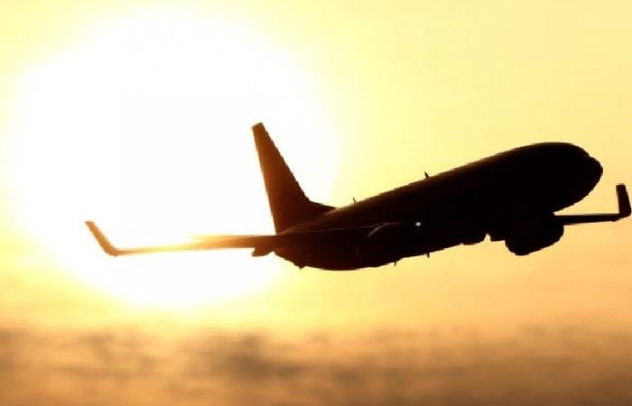 Beberapa Penyebab Penerbangan Ditunda