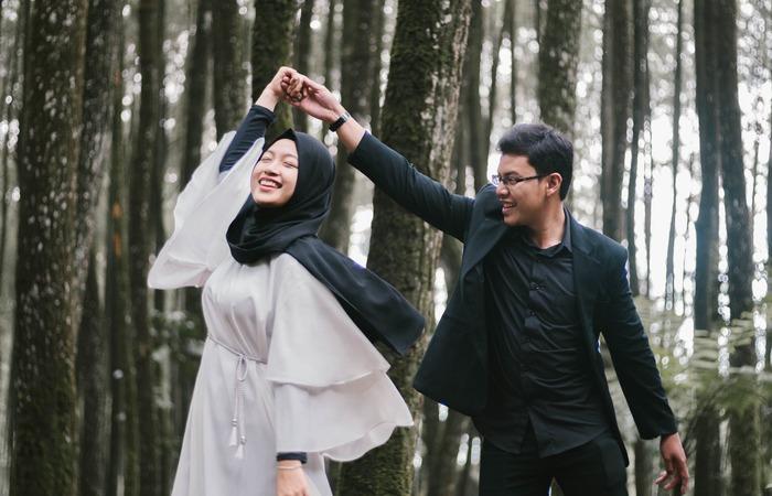 Untukmu yang Mencari Pasangan Ideal, Pastikan Sudah Menyiapkan Diri untuk Menyambutnya.