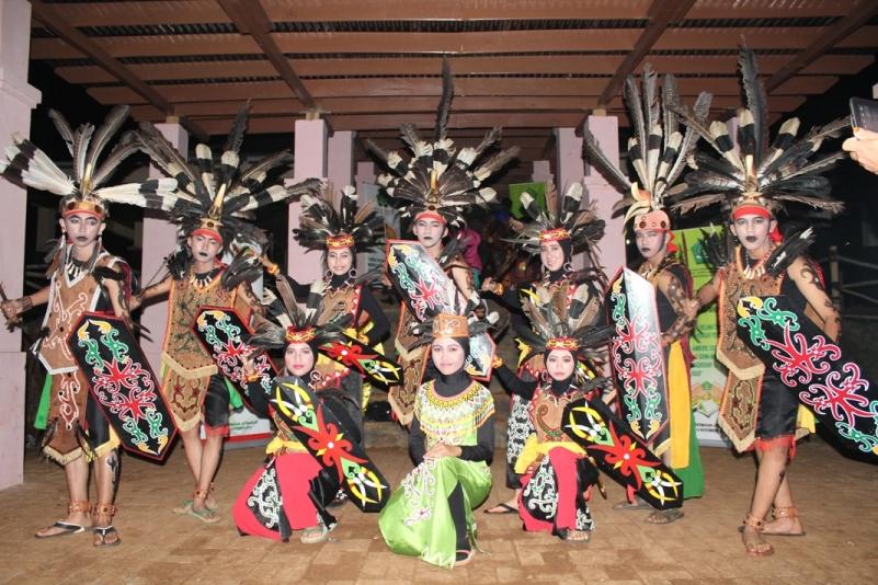 Seni Tari dari 34 Provinsi di Indonesia