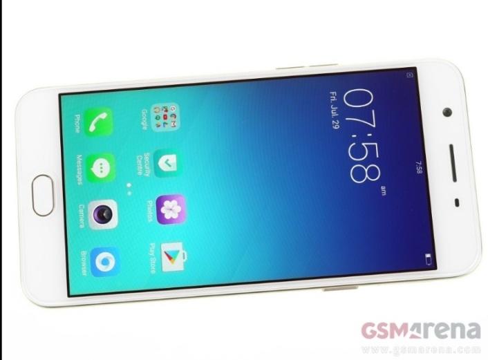 Oppo F1S, Selfie Dengan Kamera 16 Megapiksel