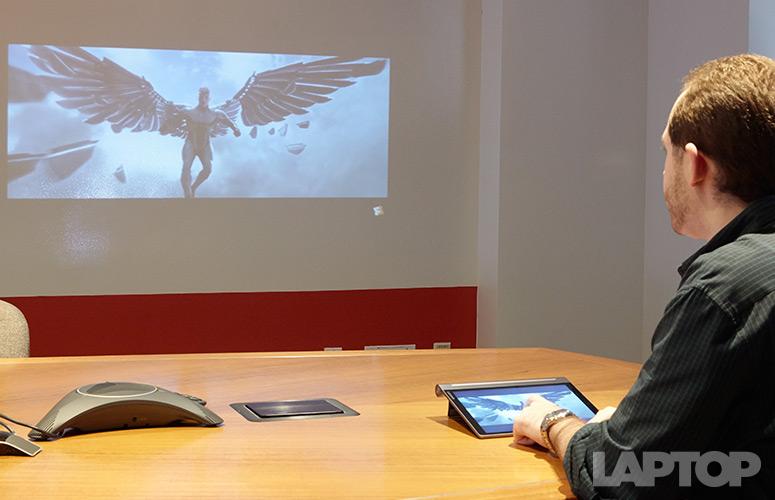 Lenovo Tab 3 Pro, Tablet dengan Proyektor di dalamnya